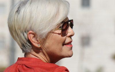 Strahlend schöne und junge Haut auch in reiferem Alter – so geht's